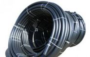 Труба гладкая ПВД в рулонах черная D16